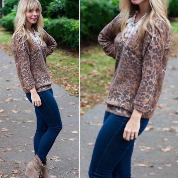 Aritzia Wilfred Leopard Sweater Silk Cashmere Med